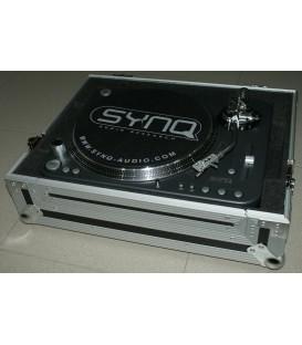 Verhuur XTRM-1 SYNQ draaitafel met Ortofon Pro in Flight Case